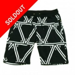 Blowonesmind(ビー・オー・エム)TRIANGLE SWEAT SHORTS Black